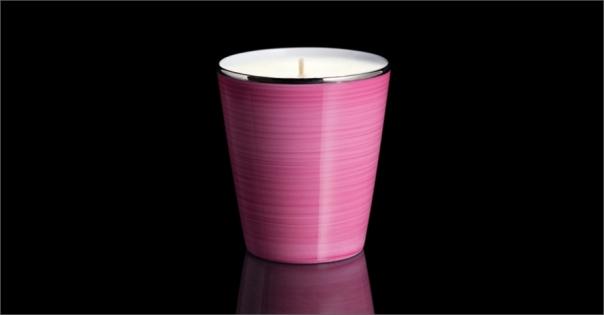 Bougie de luxe en Porcelaine de Limoges couleur rose carmin - Lorenza-difilippo.fr