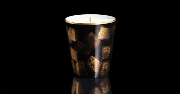 Bougie de luxe en Porcelaine de Limoges modèle Carré d'or sur fond noir - Lorenza-difilippo.fr