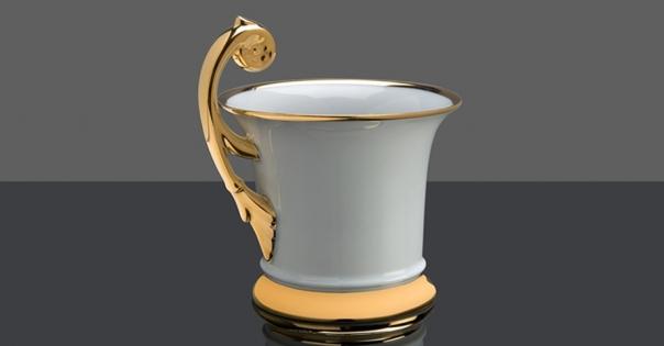 Tasse en porcelaine de Limoges en blanc et or - Modèle Royale - Lorenza-difilippo.fr
