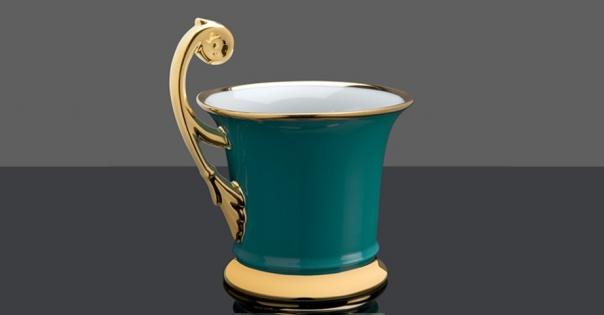 Tasse en porcelaine de Limoges couleur turquoise décorée à la main - Modèle Royale - Lorenza-difilippo.fr