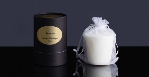Bougie parfumée aux accords boisés - Insolence - Lorenza-difilippo.fr