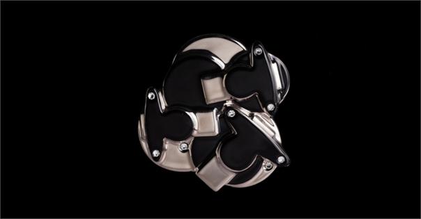 Bijou Haute Couture - Modèle Perlia en noir et platine - Lorenza-difilippo.fr