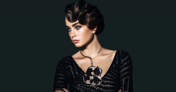 Collier de luxe - Modèle Perlia en noir et platine - Lorenza-difilippo.fr