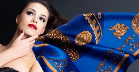 Foulard en soie pour femme - Modèle La Montgolfière bleue - Lorenza-difilippo.fr